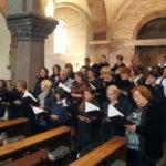 Choraufstellung im Seitenschiff